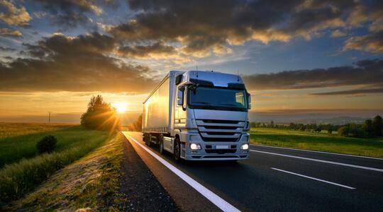 ¿Cómo CLIS beneficia la logística y el transporte de su empresa?
